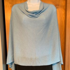 Carol & Co. Italian cashmere knit poncho. One size